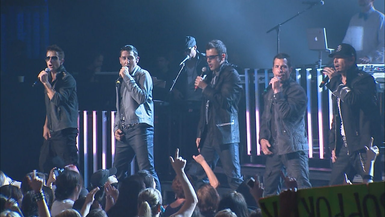 0e63c234e New Kids on the Block Team with TLC, Nelly for the Ultimate ...