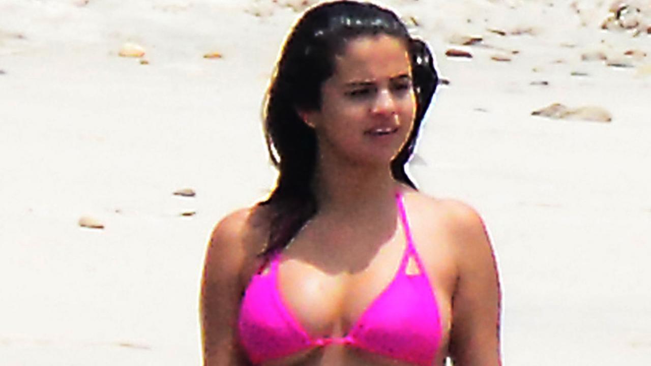 Hot Girl In Pink Bikini