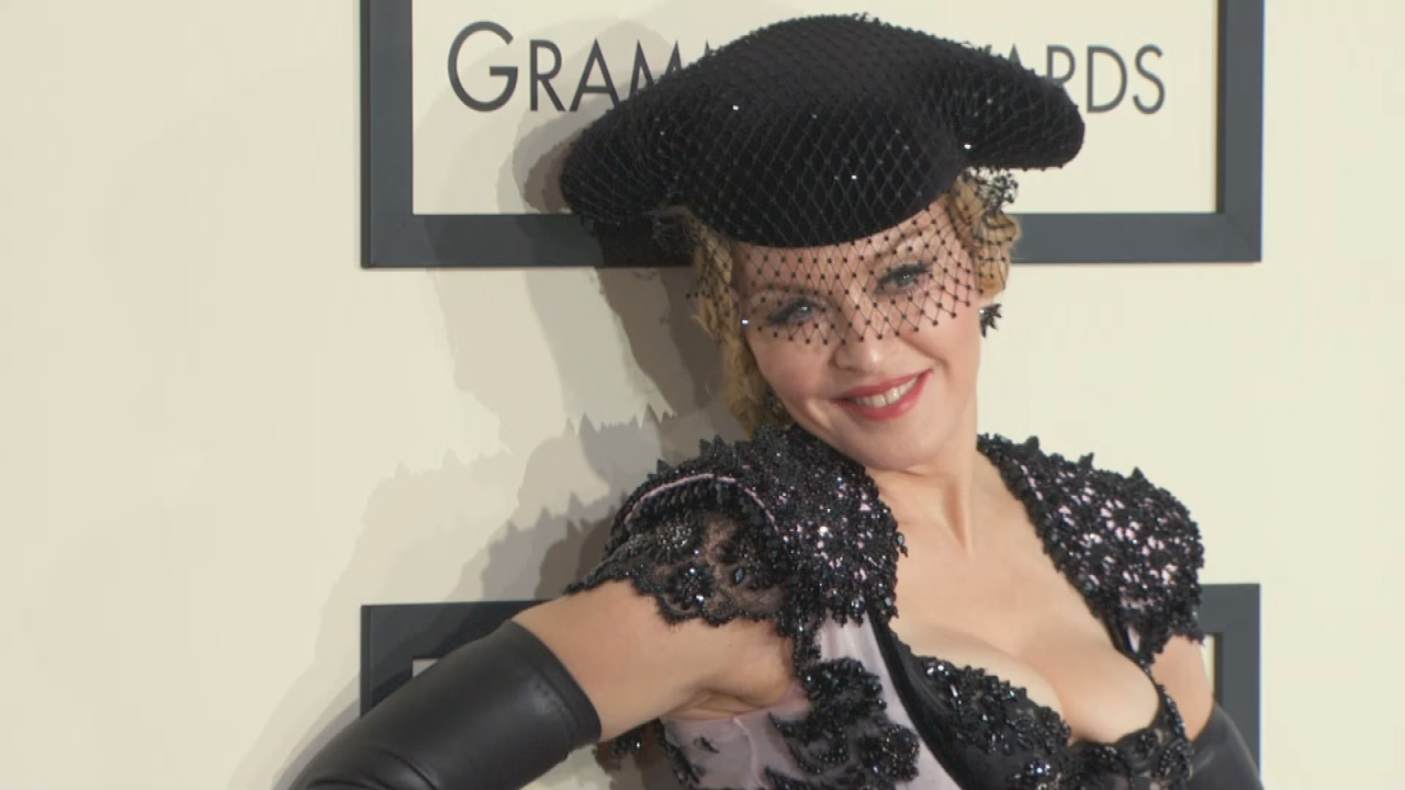 Does Madonna Have A Rat Problem See One Scurry In Her Home During
