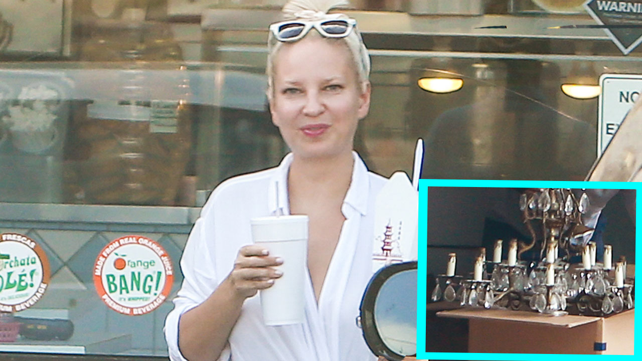 EXCLUSIVE: Sia Shows Her Face While Moving Into $4.7 Million Home ...
