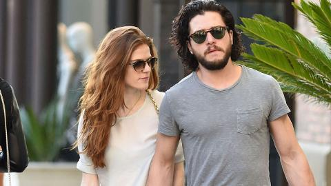 Kit Harington Wedding.Sophie Turner Emilia Clarke More Game Of Thrones Stars Arrive