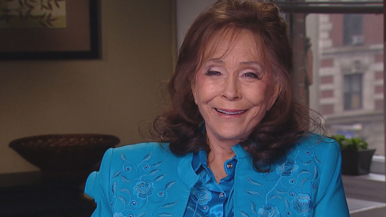 loretta lynn doing great after moving from hospital to rehab facility entertainment tonight