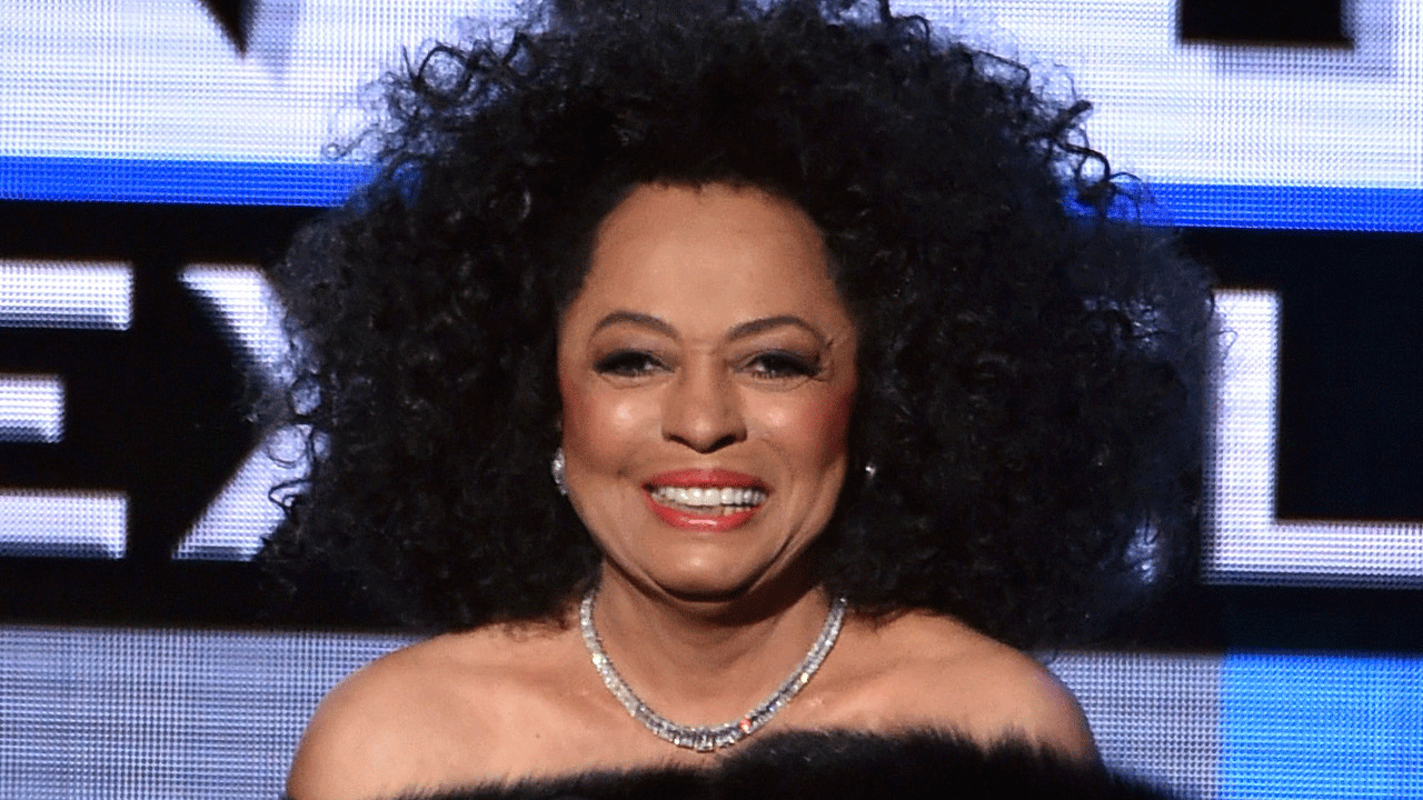Diana Ross Injured In Car Accident Assures Fans Shes Fine