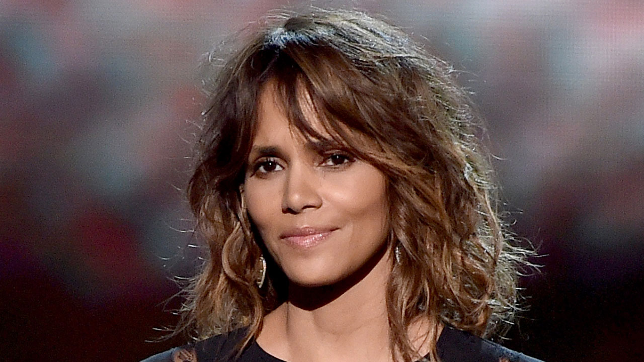 Halle Berry Reveals New Edgy ShavedFlower Haircut - Hairstyle design pictures