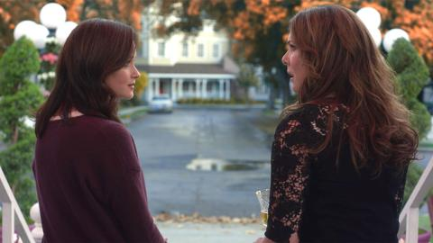 36 Unanswered Questions We Still Have After Watching 'Gilmore Girls ...