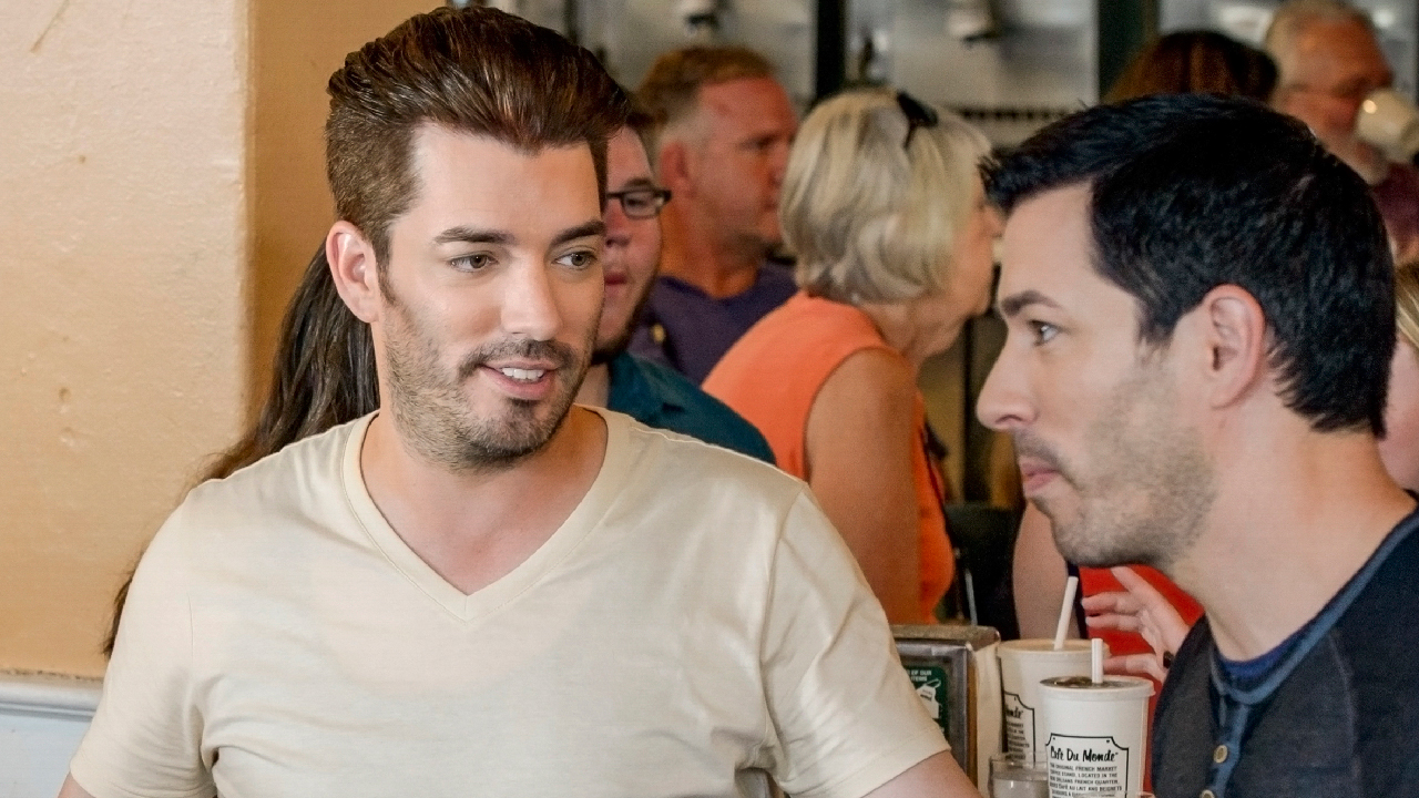 Exclusive Drew And Jonathan Scott Take Over New Orleans In A Heated