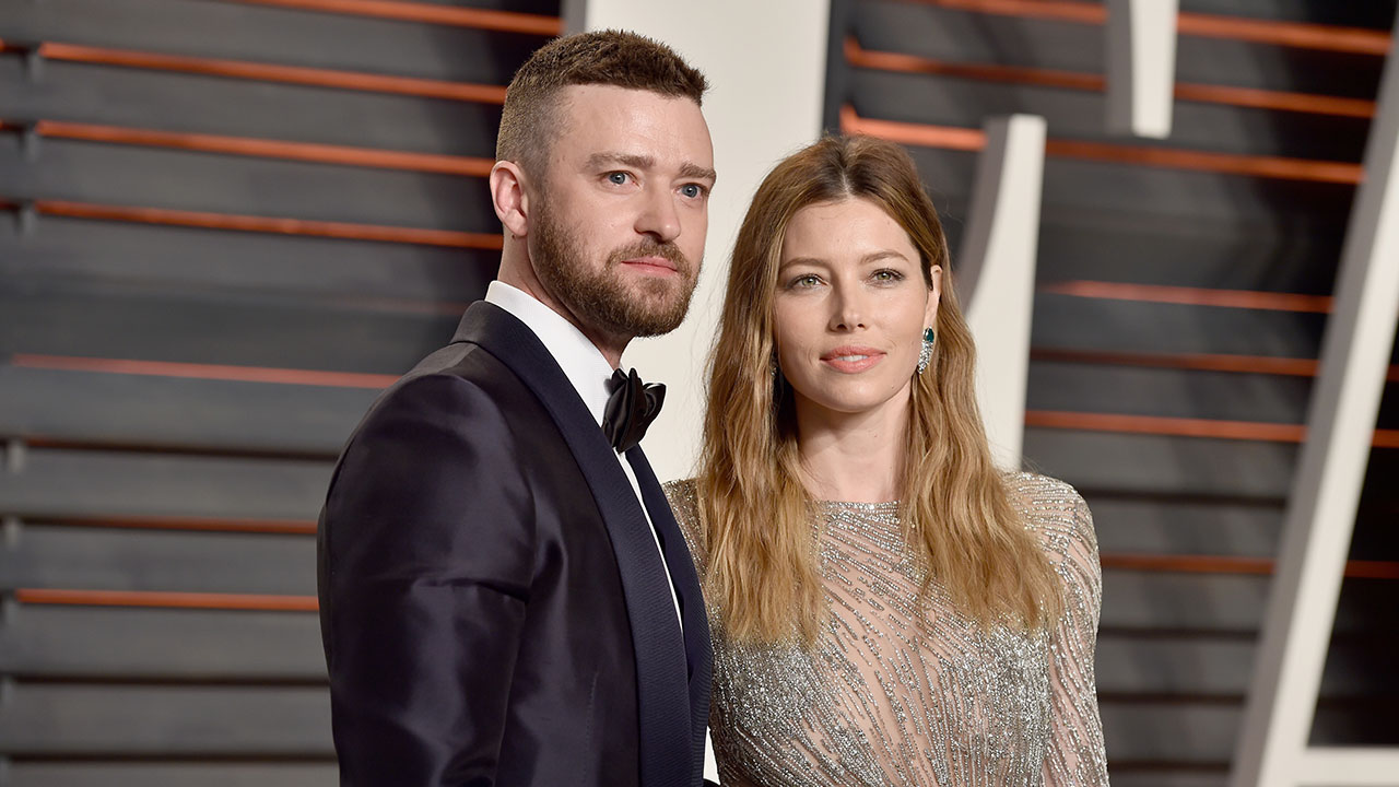 Jessica Biel and Justin Timberlake Show Off Incredible Beach Bods on Caribbean Vacation