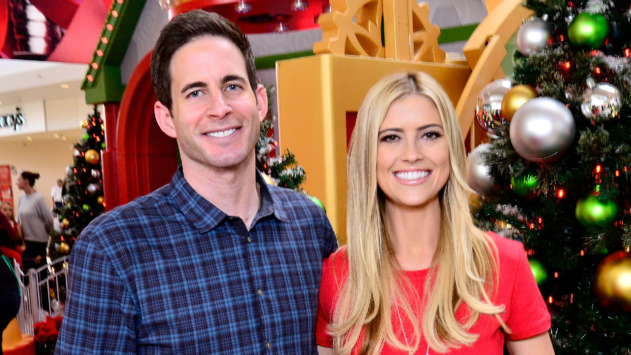 flip or flop u0027 star christina el moussa spotted out for first time