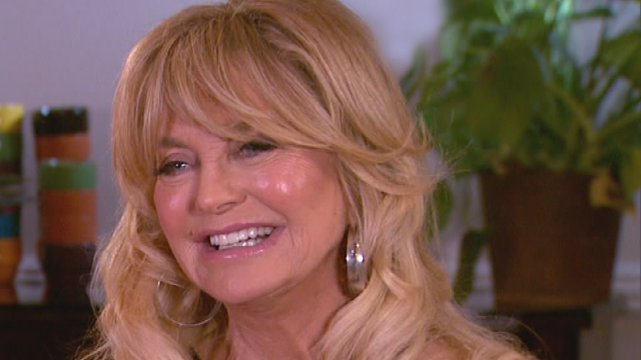 Exclusive: Eugenio Derbez Is 'dying' To Get Goldie Hawn In The