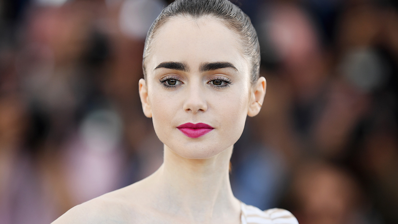 lily collins height