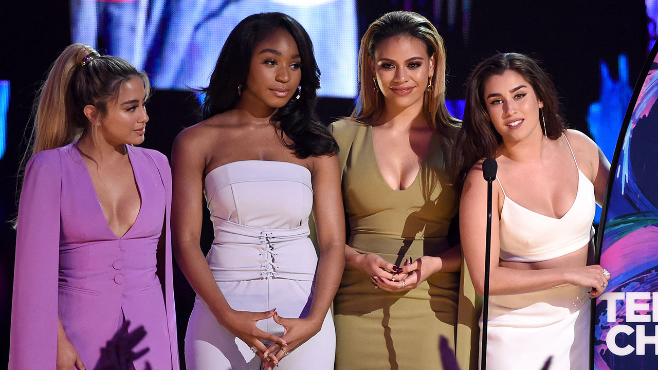 Color zen metacritic - Fifth Harmony S Lauren Jauregui Urges Fans To Keep Spreading Love During Teen Choice Awards Speech Entertainment Tonight