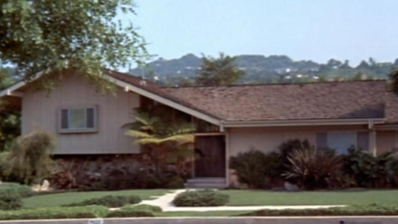 Inside the brady bunch house how the iconic property remains a living shrine to the series exclusive