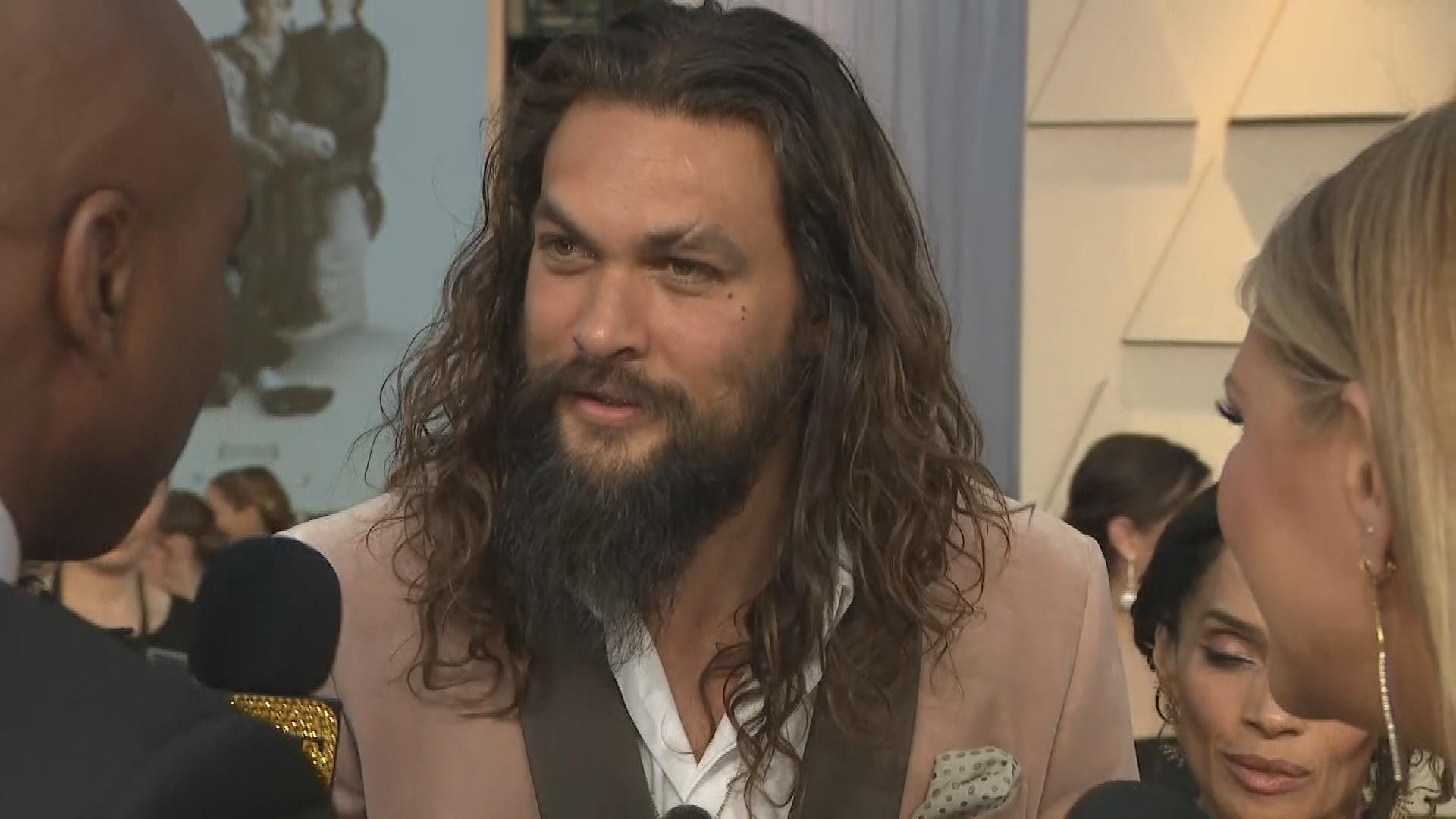 Jason Momoa And Lisa Bonet React To Girl Scout Selling Momoas