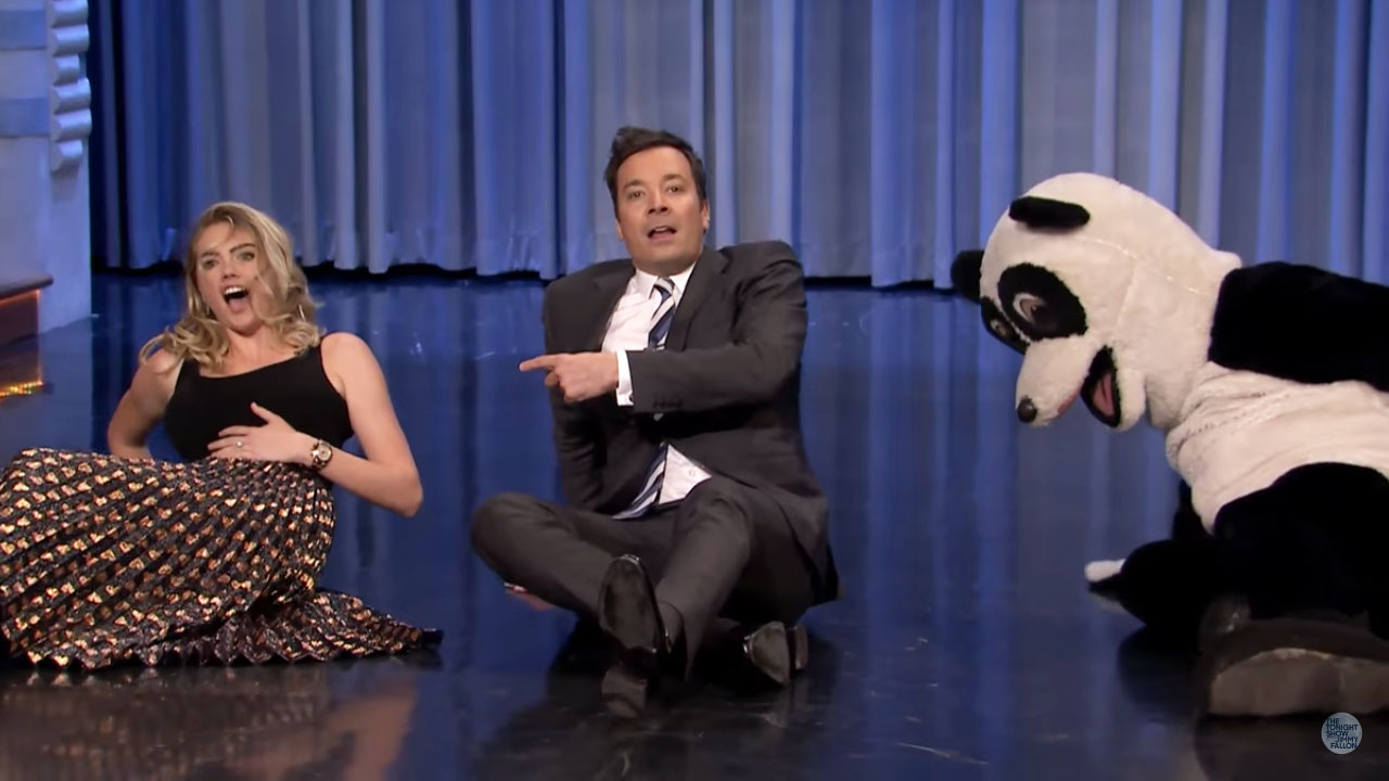 Kate upton busts a move in dance battle against jimmy for Jimmy fallon miley cyrus islands in the stream
