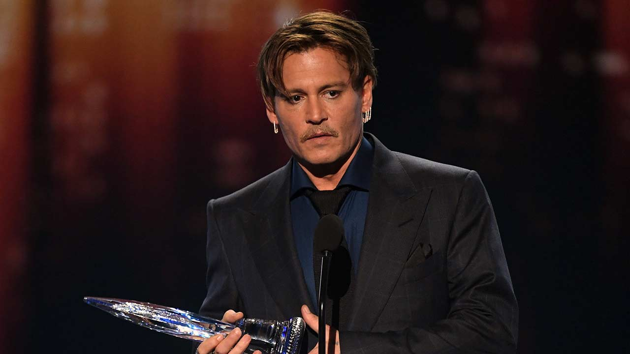 Johnny Depp Makes First Public Appearance Since Finalizing Divorce, Thanks Those Who 'Have Stood by Me'