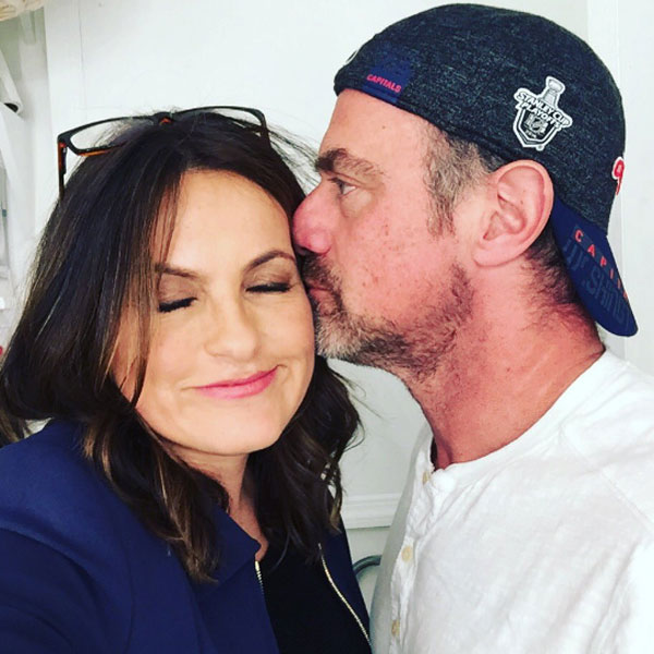 """Mariska Hargitay tweeted a photo of herself and her former co-star, Chris Meloni, on Feb. 15, 2017, with a super sweet message. """"And then that happened..."""" she wrote."""