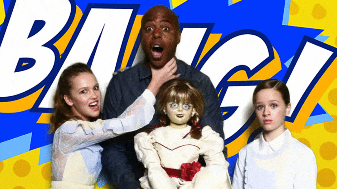 Co-stars Lulu Wilson and Talitha Bateman pose with ET's Kevin Frazier.
