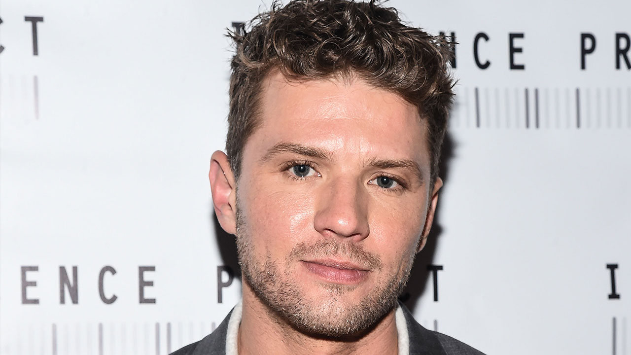 Ryan Phillippe Lives Out His Inner WWE Star as Son Deacon ... Ryan Phillippe Politics