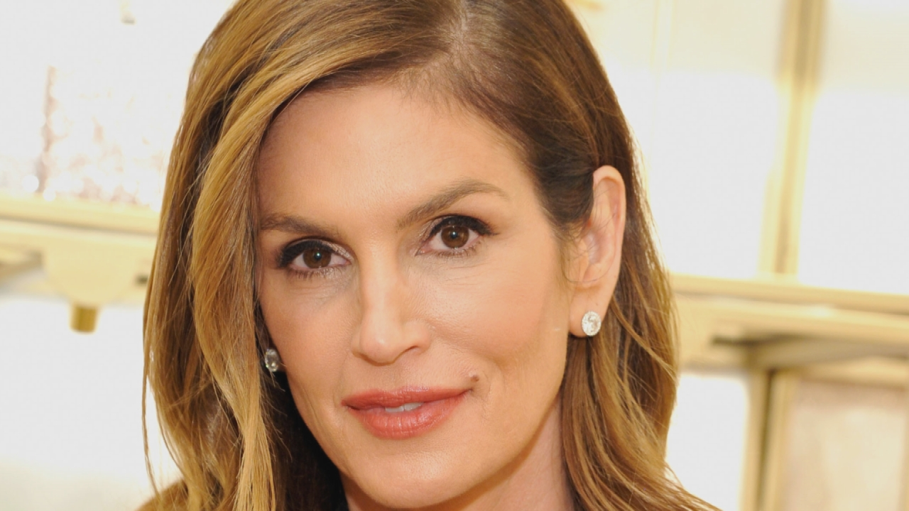 Cindy Crawford Would Like Everyone To Stop Pointing Out