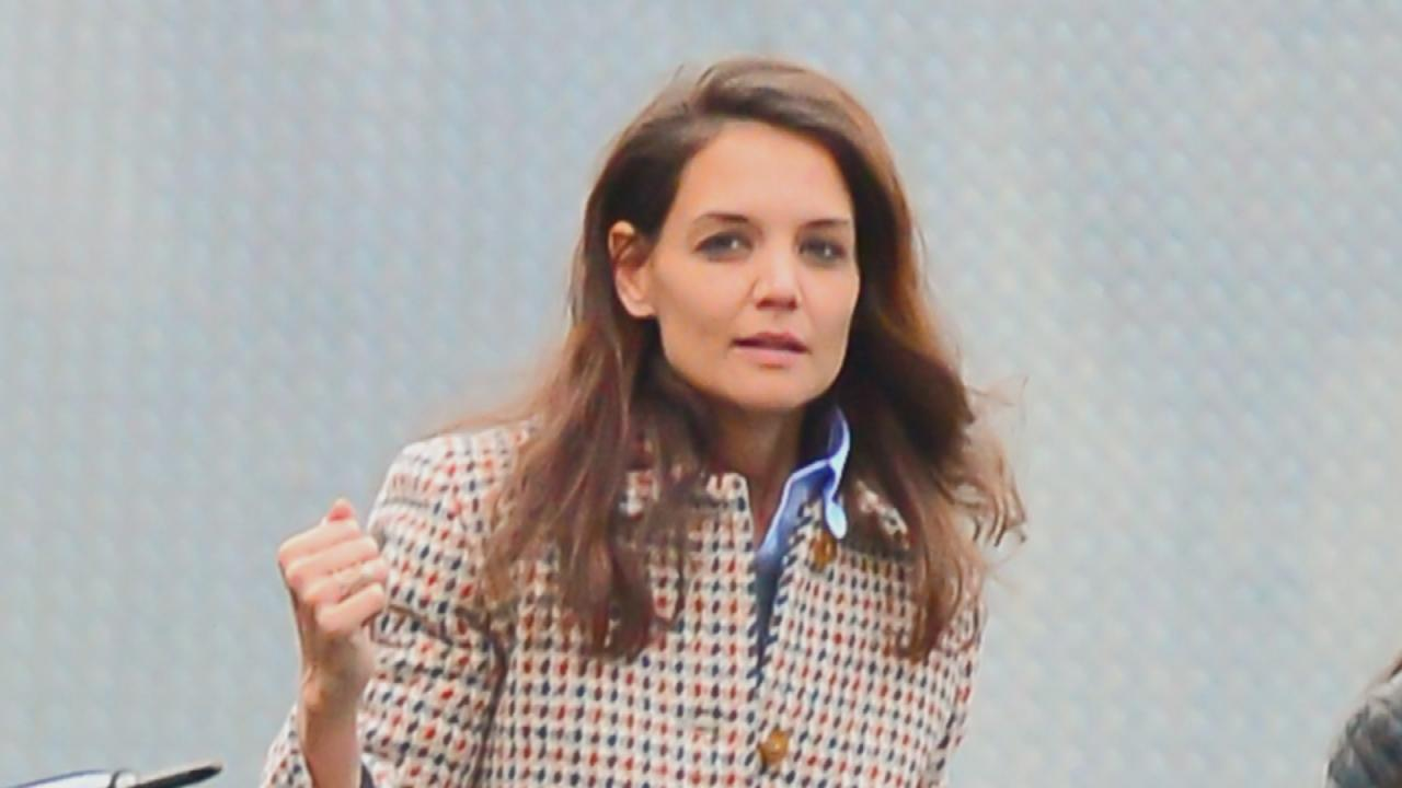 Exclusive Katie Holmes Matthew Perry On Playing Kennedys In A Cbs News 8 San Diego Ca