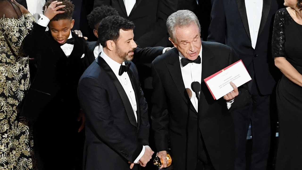 How The Oscars Best Picture Mix Up Happened Cbs News 8 San Diego Ca News Station Kfmb