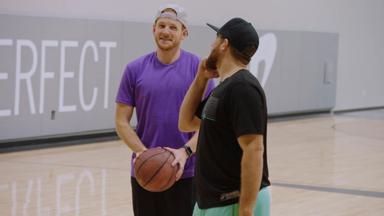 exclusive  watch the  u0026 39 dude perfect u0026 39  guys try one of their