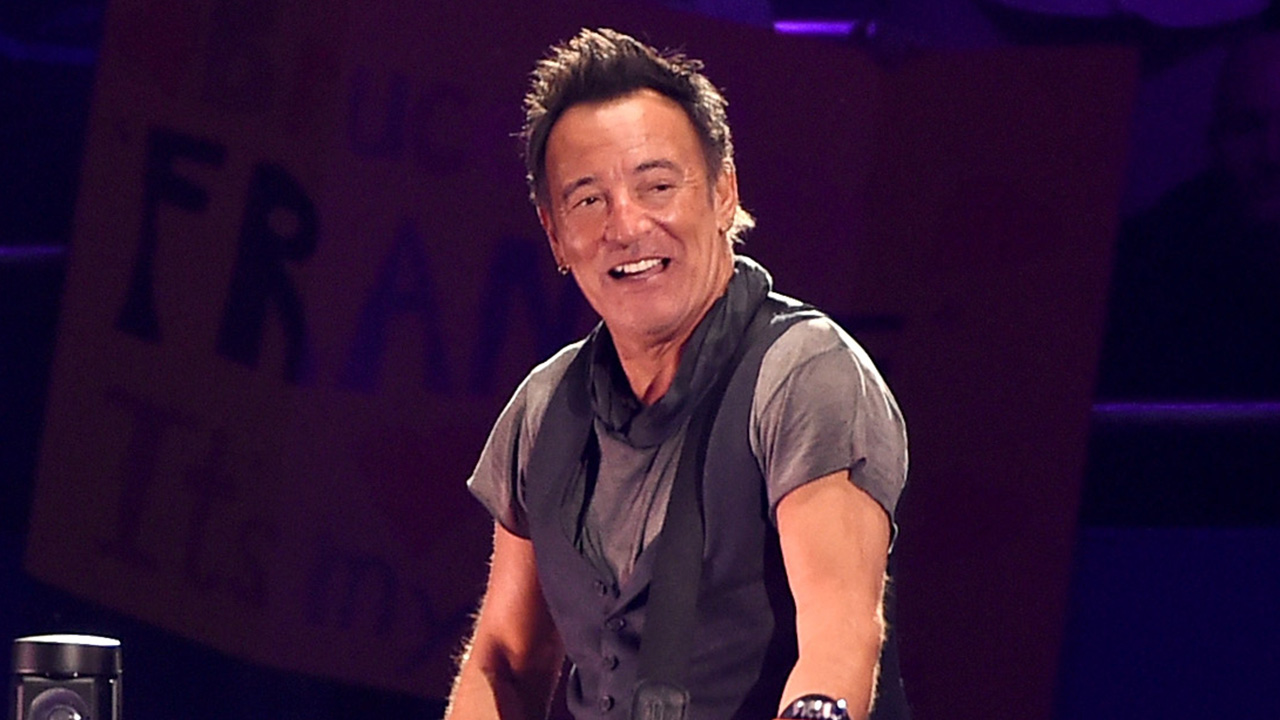 Bruce Springsteen Gives 9-Year-Old Fan Most 'Rocking and Rolling' Tardy Note Ever For School