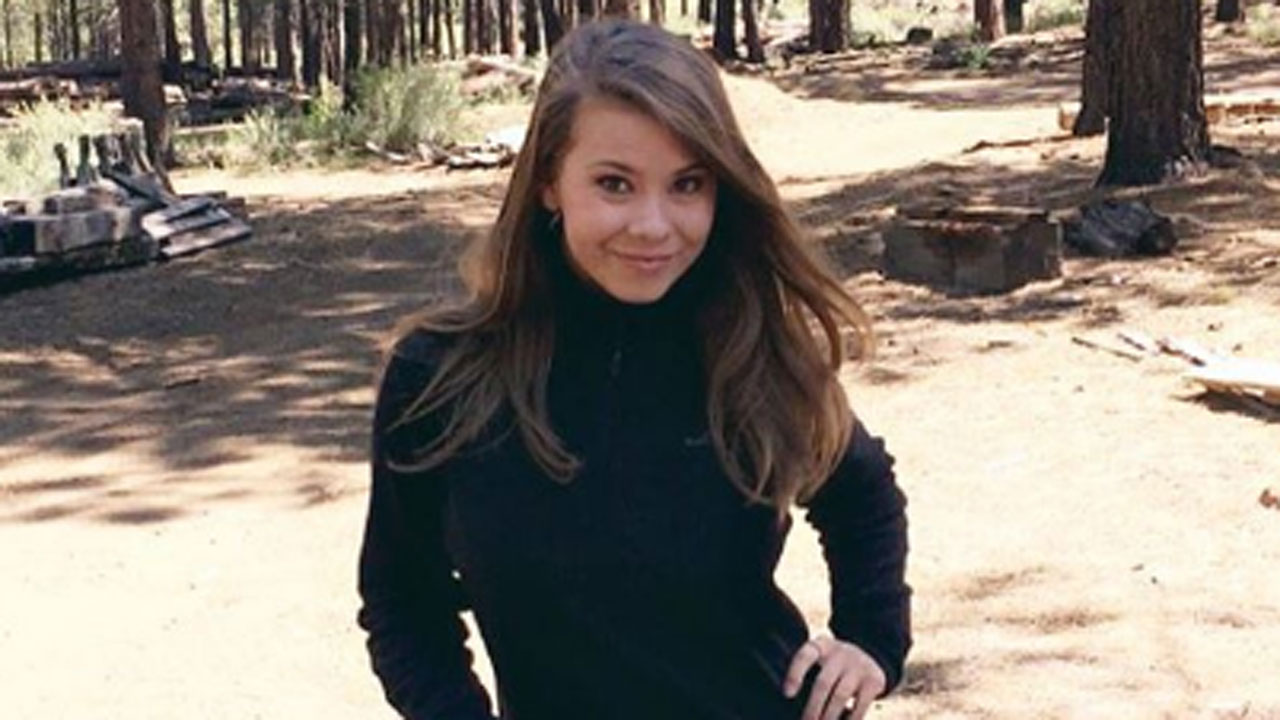 Bindi Irwin Pays Tribute To Late Father Steve On His 55th